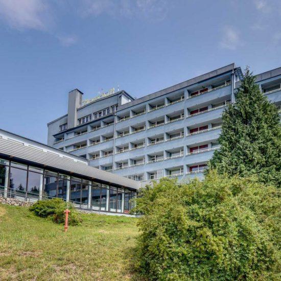 ośrodek-konferencyjno-wypoczynkowy-ziemowit-jarnołtówek-1500x810